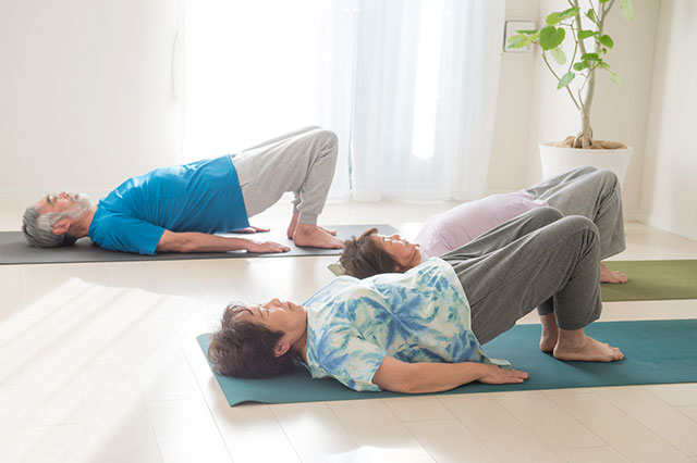 くしゃみで尿漏れは骨盤底筋を鍛えれば改善されます